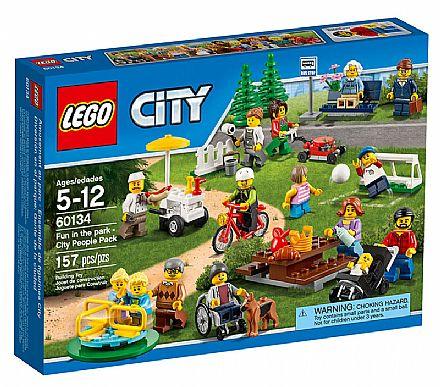 Brinquedo - LEGO City - Diversão no Parque - Pack Pessoas da Cidade - 60134