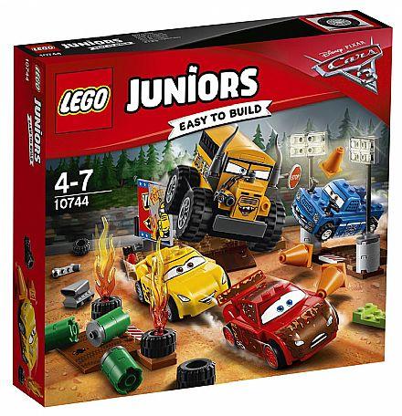 Brinquedo - LEGO Juniors - Corrida em Circuito Fechado - Crazy 8 -10744