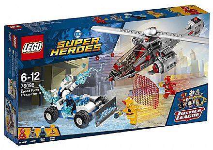 Brinquedo - LEGO DC Super Heroes - Perseguição Congelante em alta Velocidade - 76098
