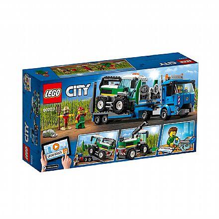 LEGO City - Transporte de colheitadeira - 60223